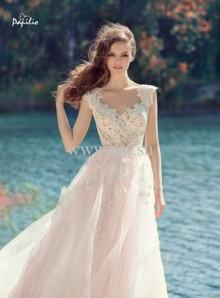 PAPILIO. Фотография свадебного платья.