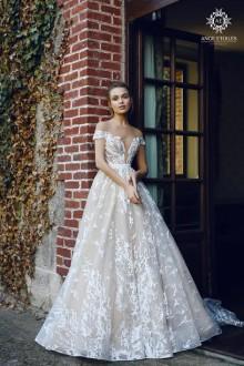 Свадьба Века. Фотография свадебного платья.